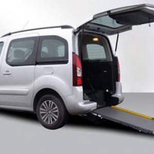 futur autonomie adaptation vehicule mobilite reduite rampe